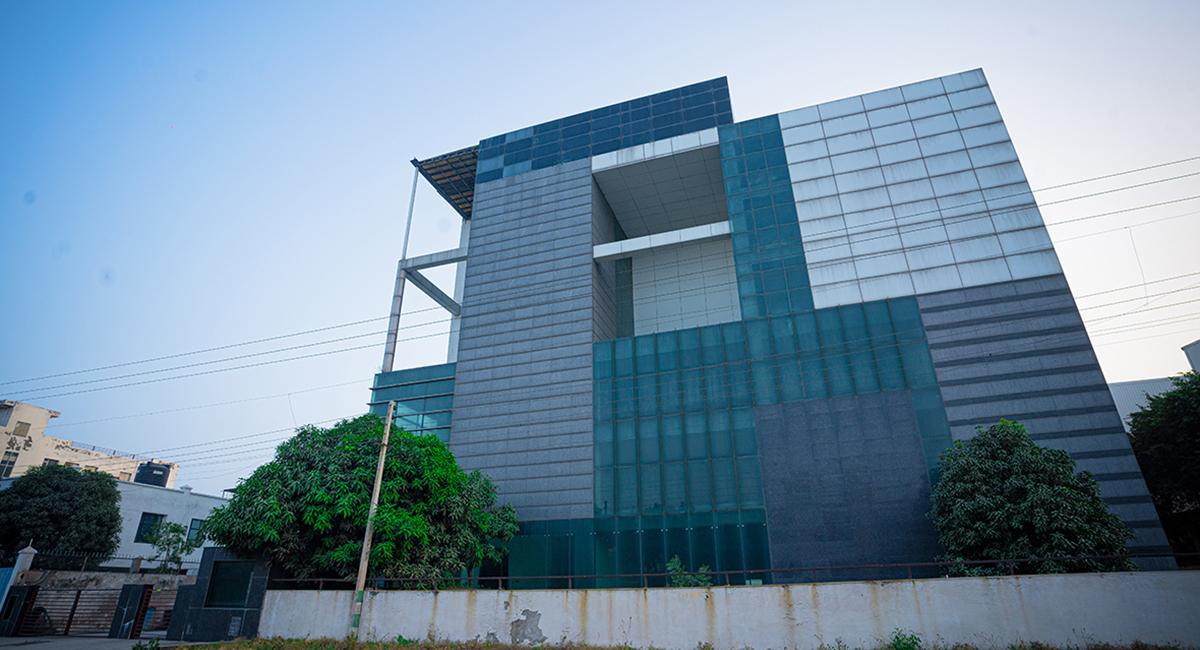 IRIS Cyber Square 3