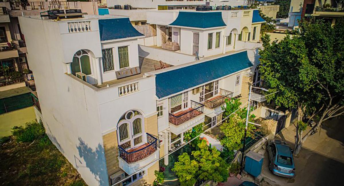 IRIS Villas Image 4